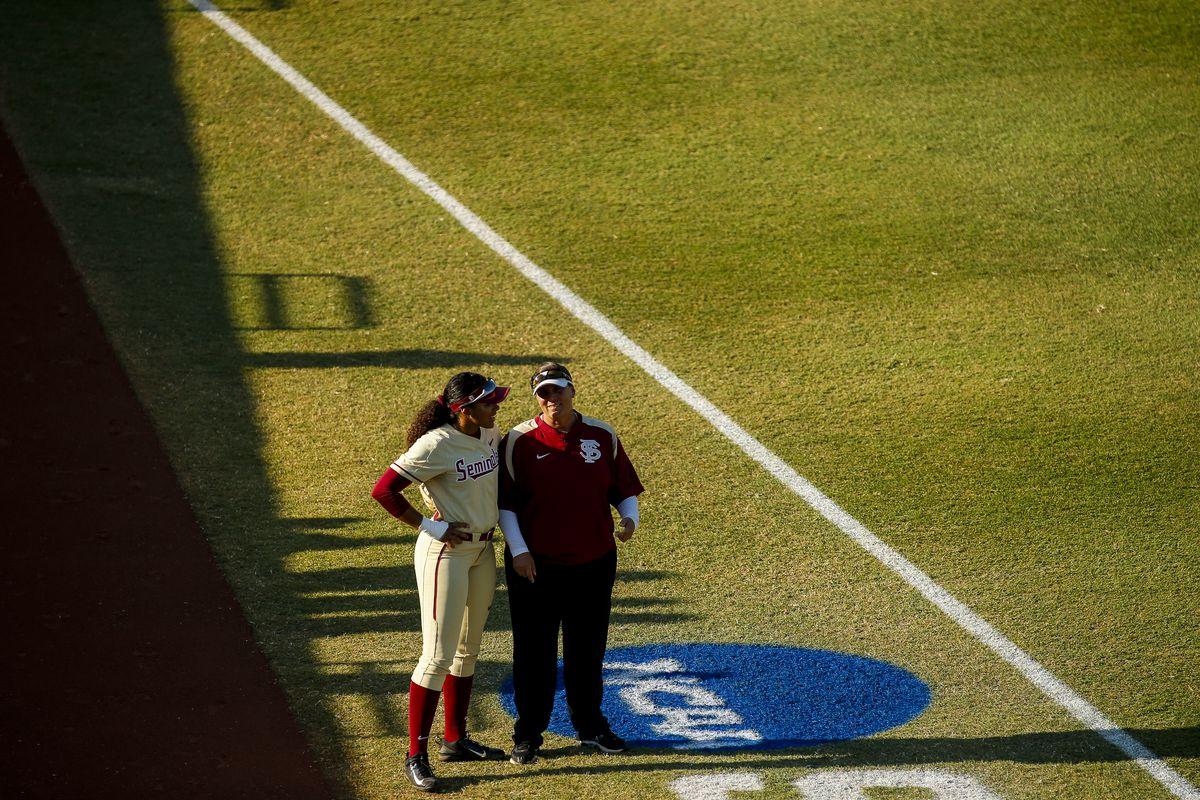 2018 NCAA Division I Women's Softball Championship - Game 2