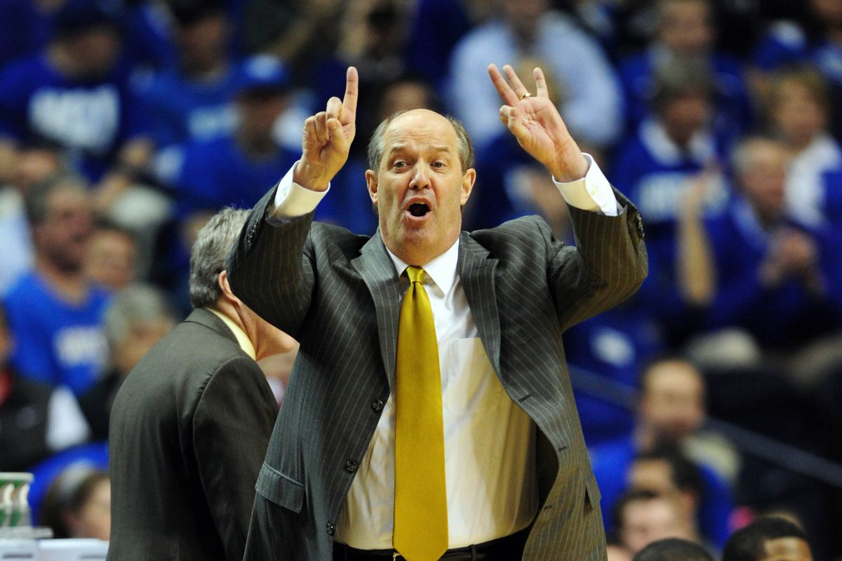 """Coach Stallings sporting his traditional """"beat Kentucky in the SEC Tournament"""" necktie"""