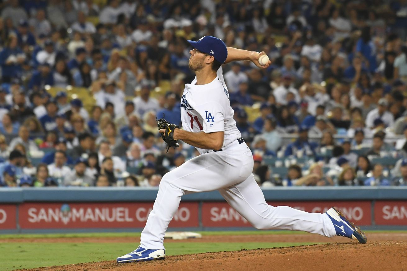 Braves acquire reliever Josh Ravin from the Dodgers for cash considerations