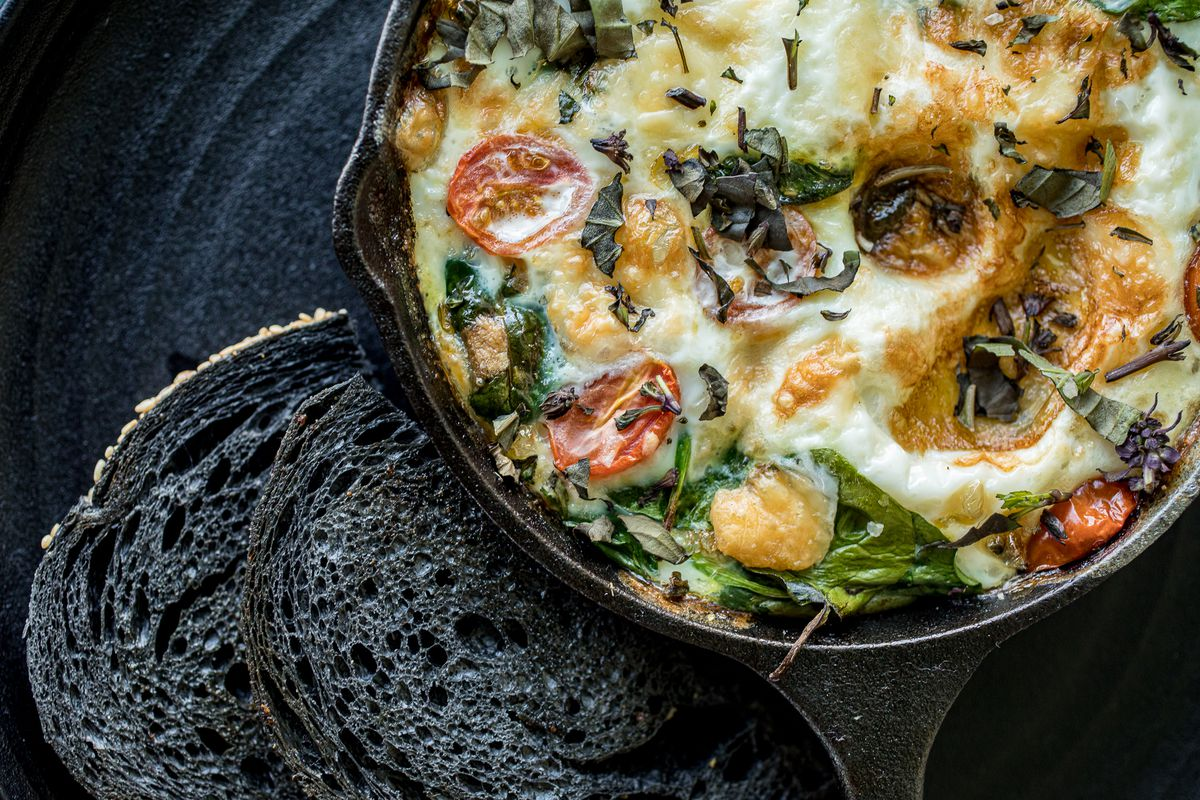 Skillet omelette at Metl Bar