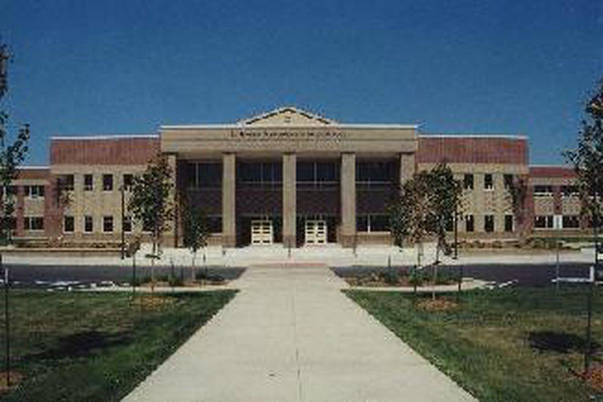 D'Evelyn School (Wikipedia)