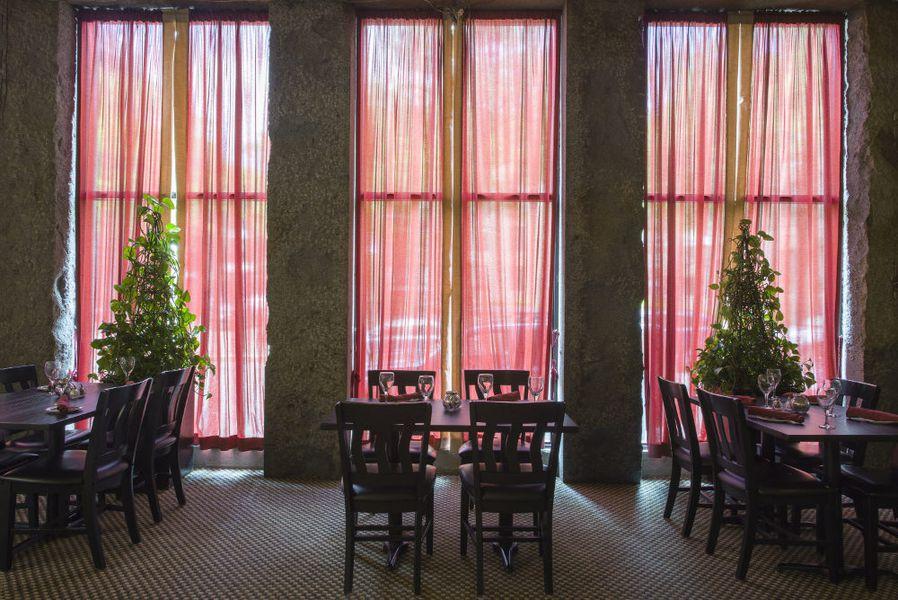 The Dining Room Resides Inside The Living Room - Eater Boston