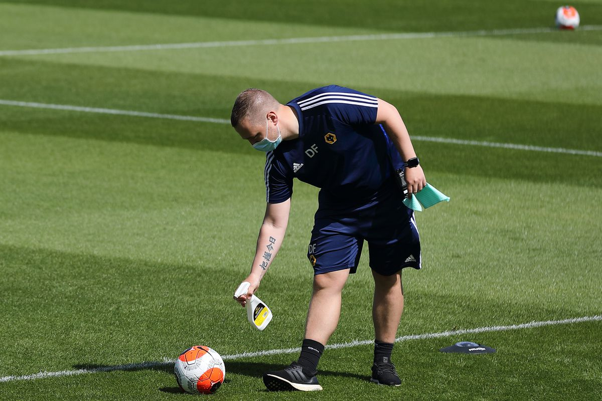 Nike Ball is sprayed with disinfectant - Wolverhampton Wanderers - Premier League