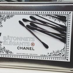 Get to the <b>Chanel</b> show, only to find that the Grand Palais has been completely transformed into a giant Chanel-branded shopping center, stocked with every product you could ever imagine. <b>It's so good it breaks my brain.</b> There's even a beauty
