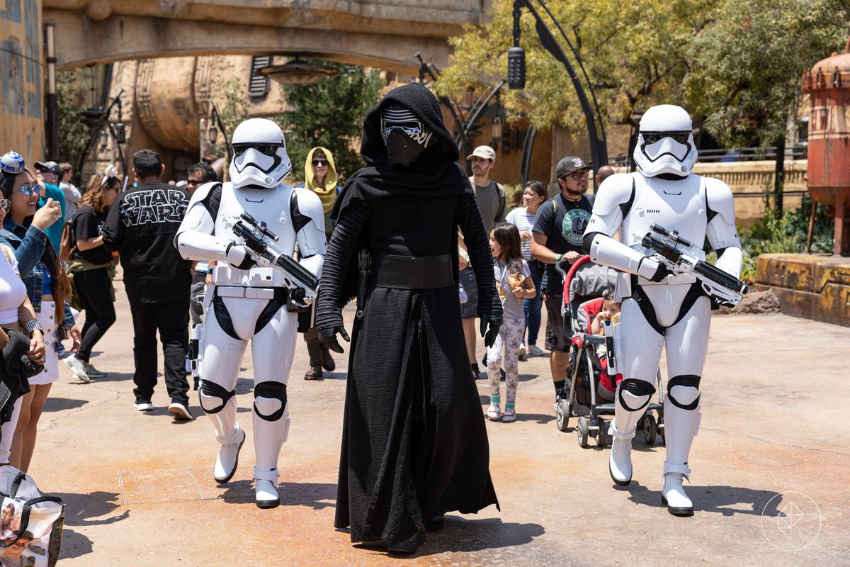 Why you can't wear Star Wars costumes in Disneyland's