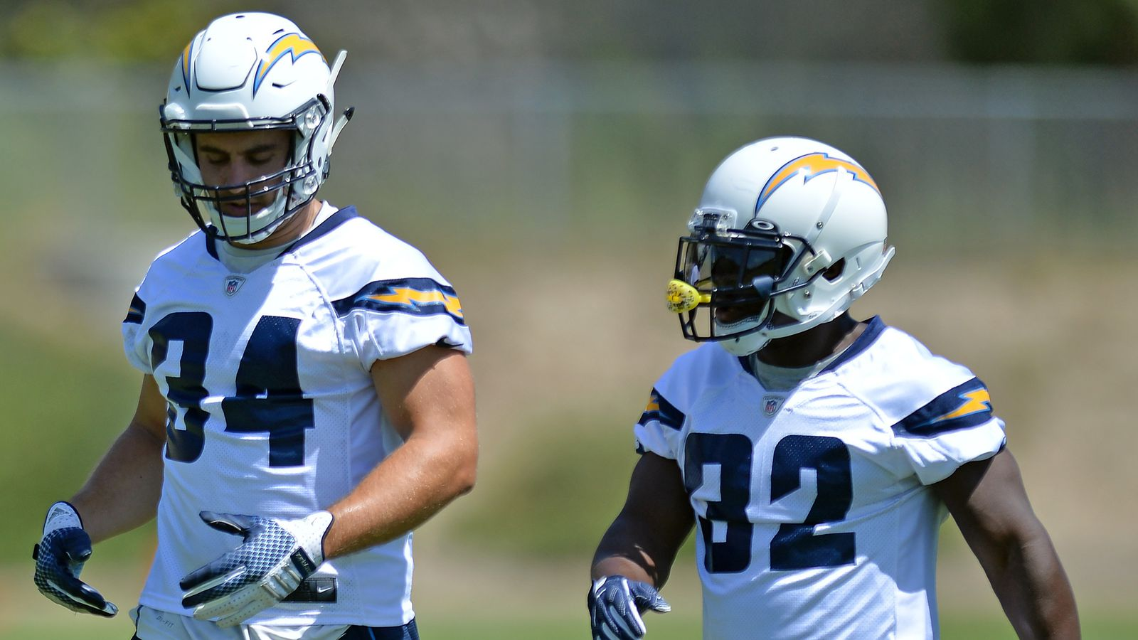 Los Angeles Chargers Daily Links Branden Oliver Leads The