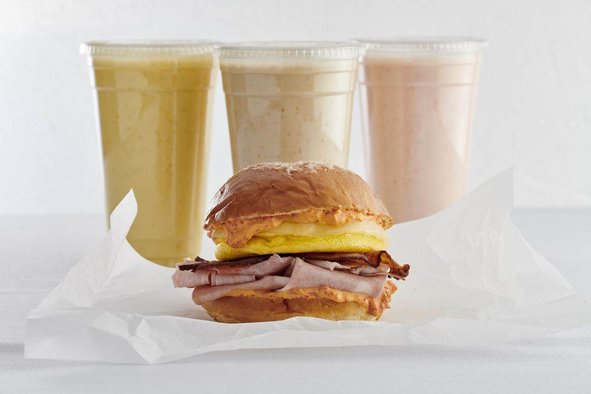Smoothies and a muffaletta at Pronto by Giada
