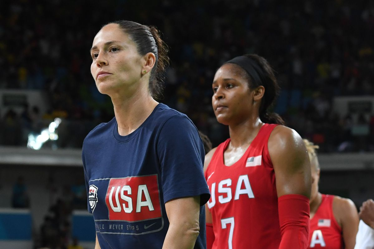 BASKETBALL-OLY-2016-RIO-FRA-USA