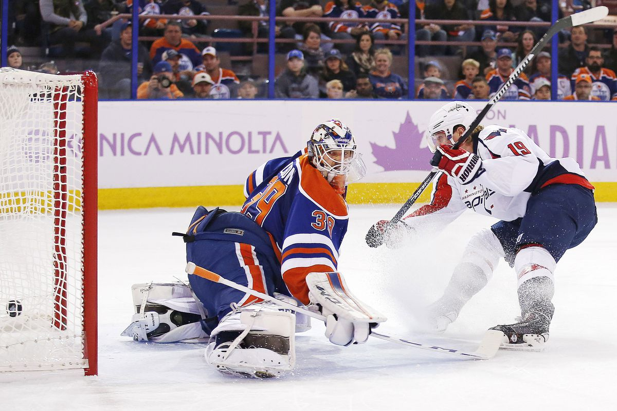 Washington scored seven on Edmonton to extend their winning streak to five and to take the top spot in the division.