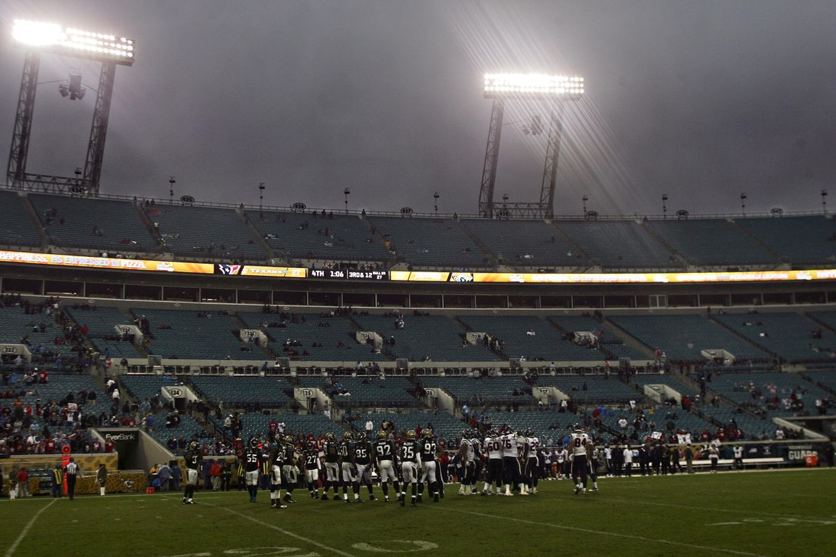 The Jaguars' fans must all be up at the pool deck...