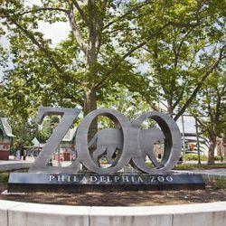 "<b>4)</b> <a href=""http://www.philadelphiazoo.org/"">Philadelphia Zoo</a><br>  <b>Location:</b> 3400 West Girard Avenue<br> <b>Contact:</b> <a href=""http://www.philadelphiazoo.org/Plan-an-Event/Weddings.aspx"">Events Department</a><br> <b>Why:</b> Countl"