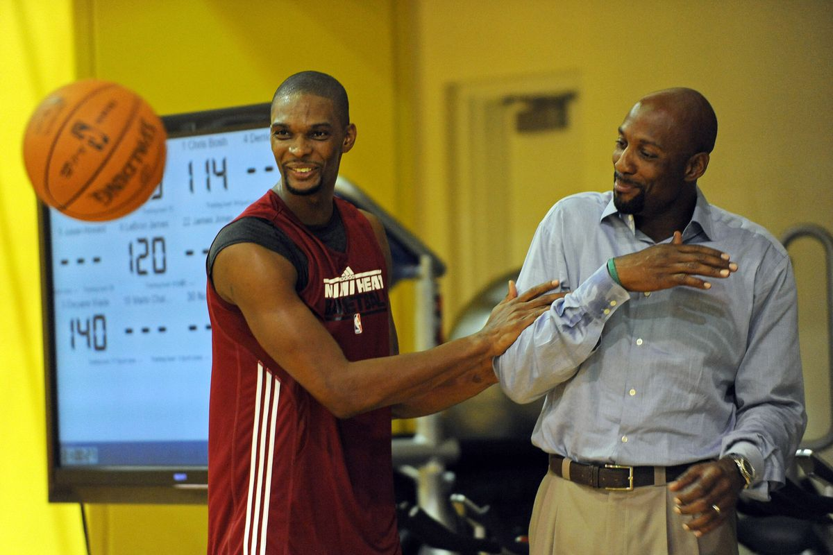 Chris Bosh s powerful circle of support includes Alonzo Mourning