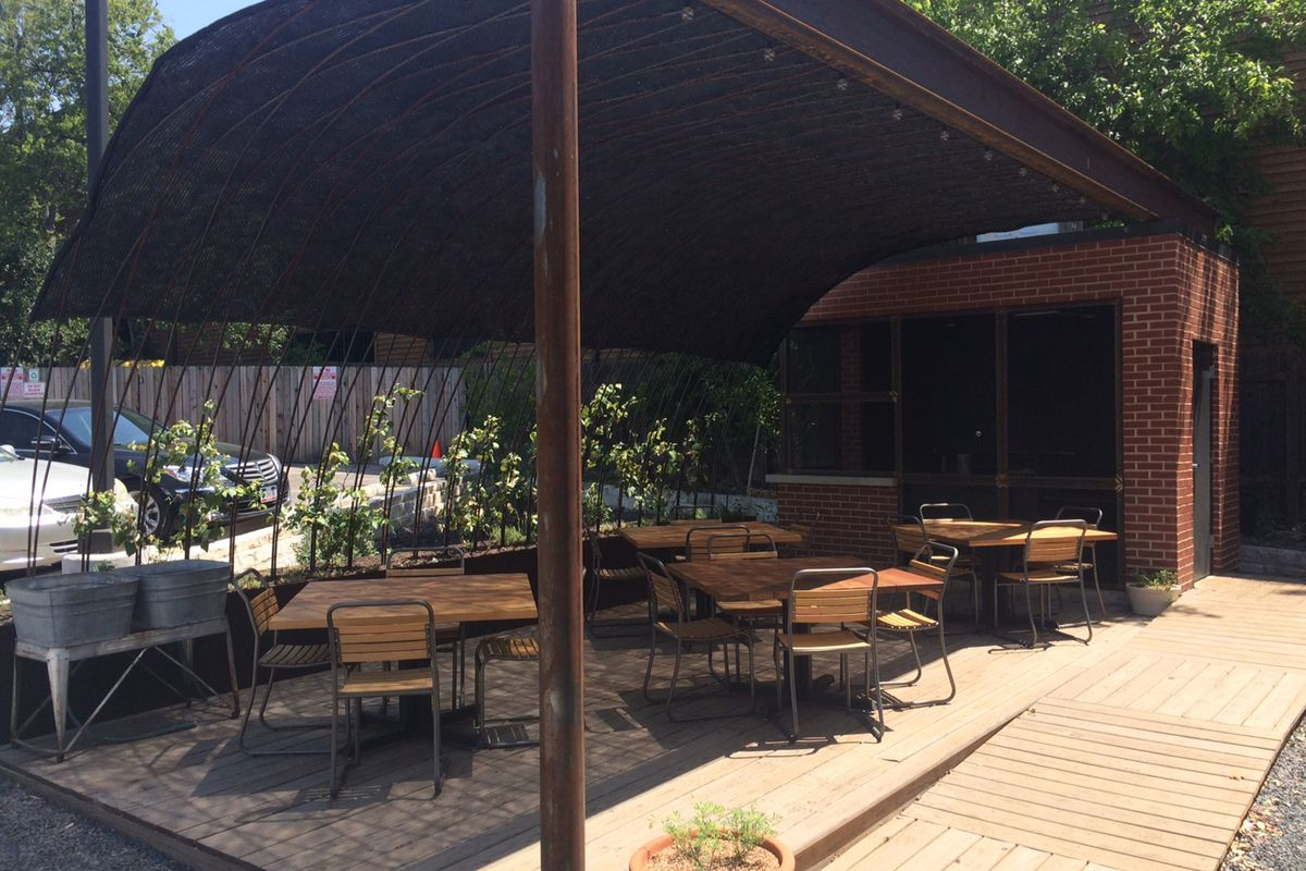 Dai Due's new patio