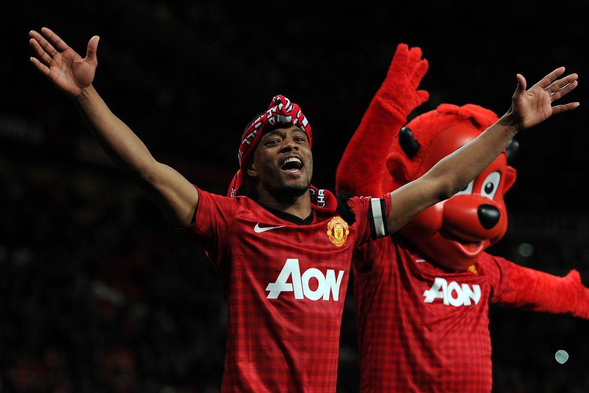 Soccer : Barclays Premier League - Manchester United v Aston Villa