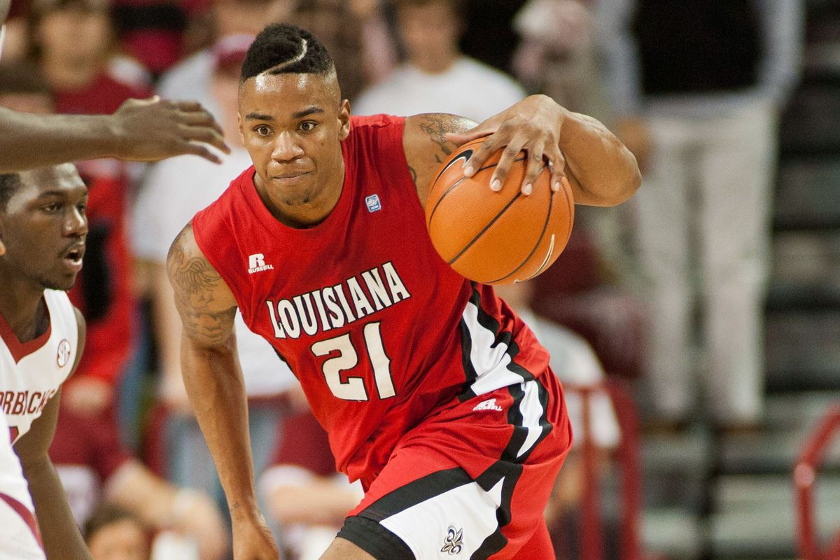 Shawn Long averages 19.5 points, 10.4 rebounds, and 2.8 blocks per game for the Ragin' Cajuns