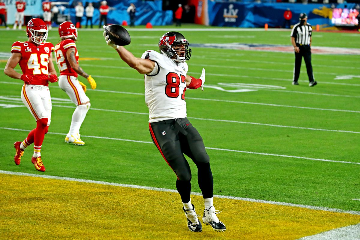 Tampa Bay Buccaneers tight end Rob Gronkowski (87) celebrates scoring a touchdown during the first quarter against the Kansas City Chiefs in Super Bowl LV at Raymond James Stadium.