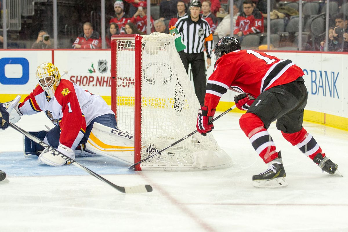 I liked this goal. I wouldn't count on it happening again, though.  Unless Luongo is suddenly susceptible to wraparounds.