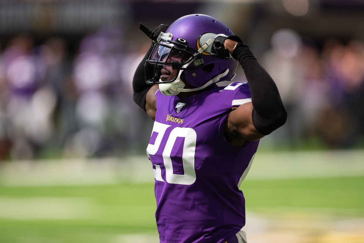 Minnesota Vikings cornerback Mackensie Alexander reacts after making a play during the first quarter against the Arizona Cardinals at U.S. Bank Stadium.
