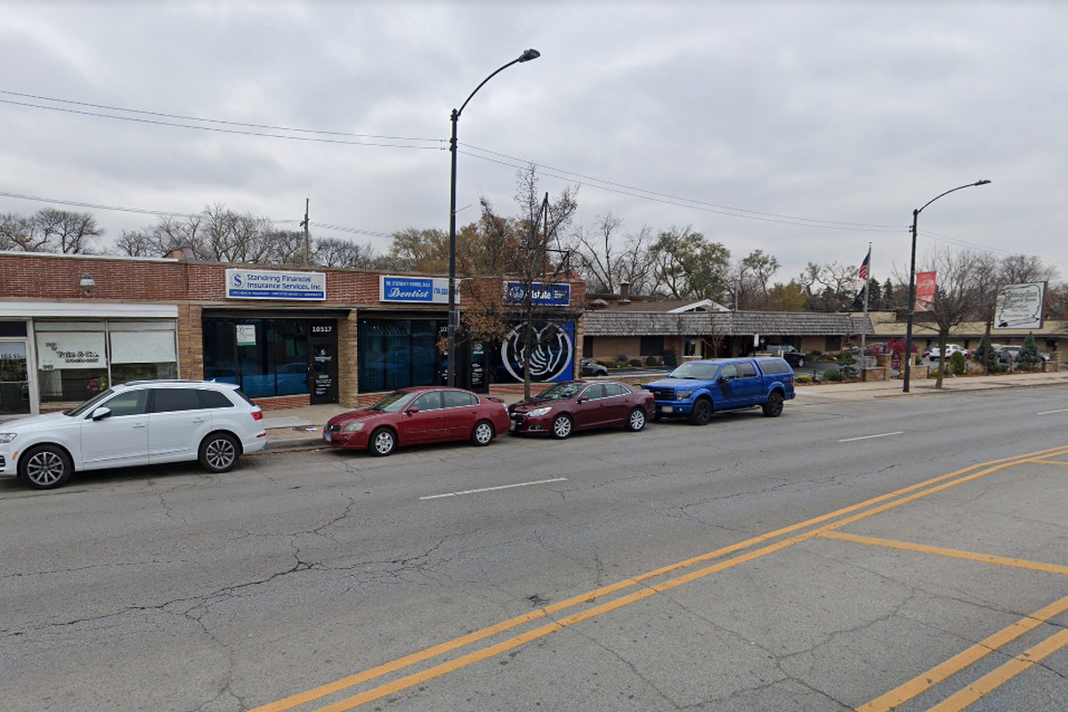 The 10500 block of South Western Avenue