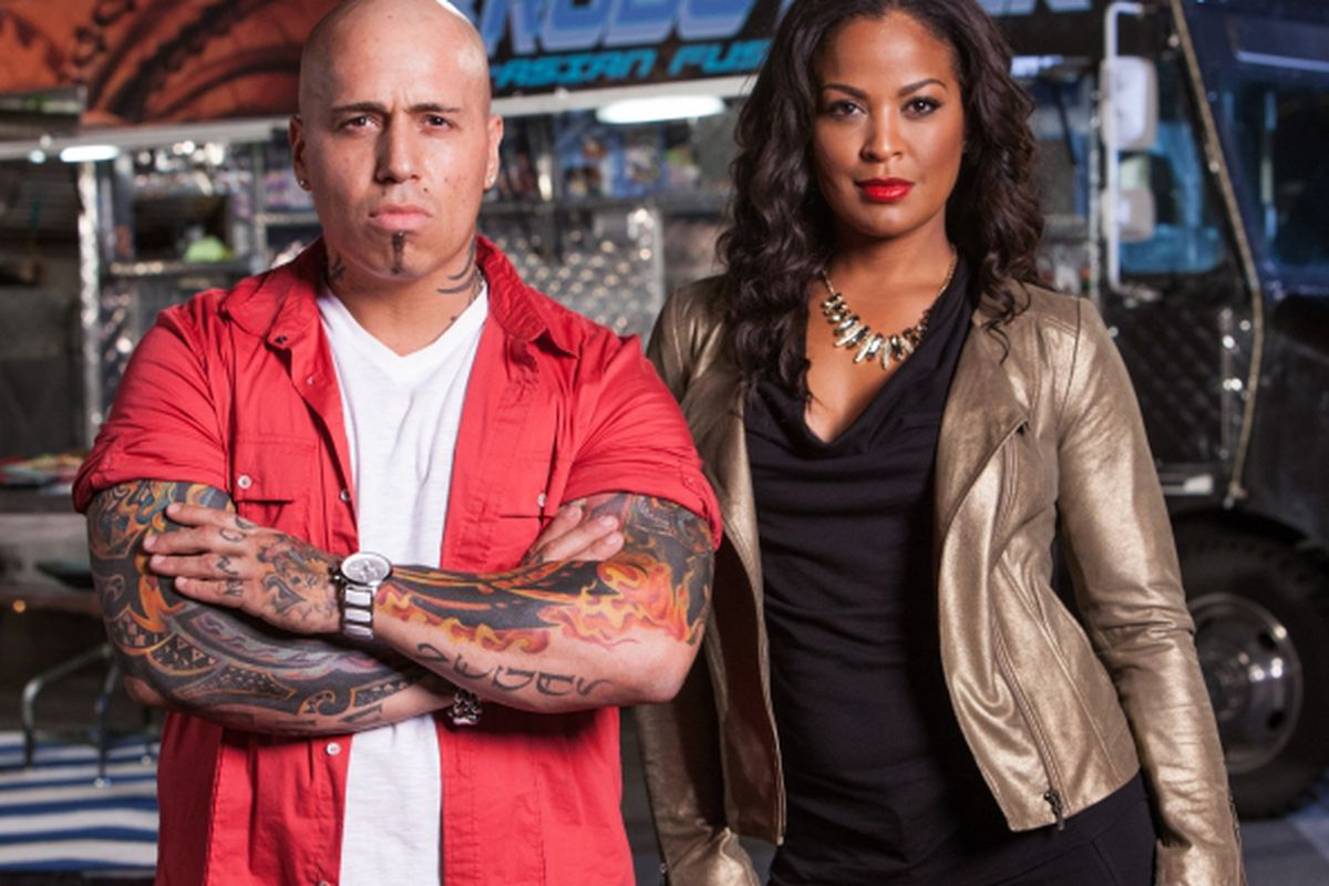 """Late Nite Chef Fight hosts chef and restaurateur Vic """"Vegas"""" Moea and boxer Laila Ali"""