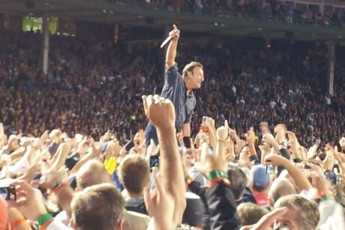 Going To A Concert At Wrigley This Summer? Here's Some Tips