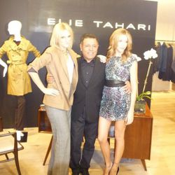 Elie Tahari (middle) posing with Gossip Girl's Katie Cassidy (right)