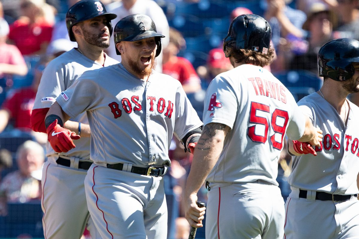 Christian Vázquez hits two homers in Red Sox win over Phillies