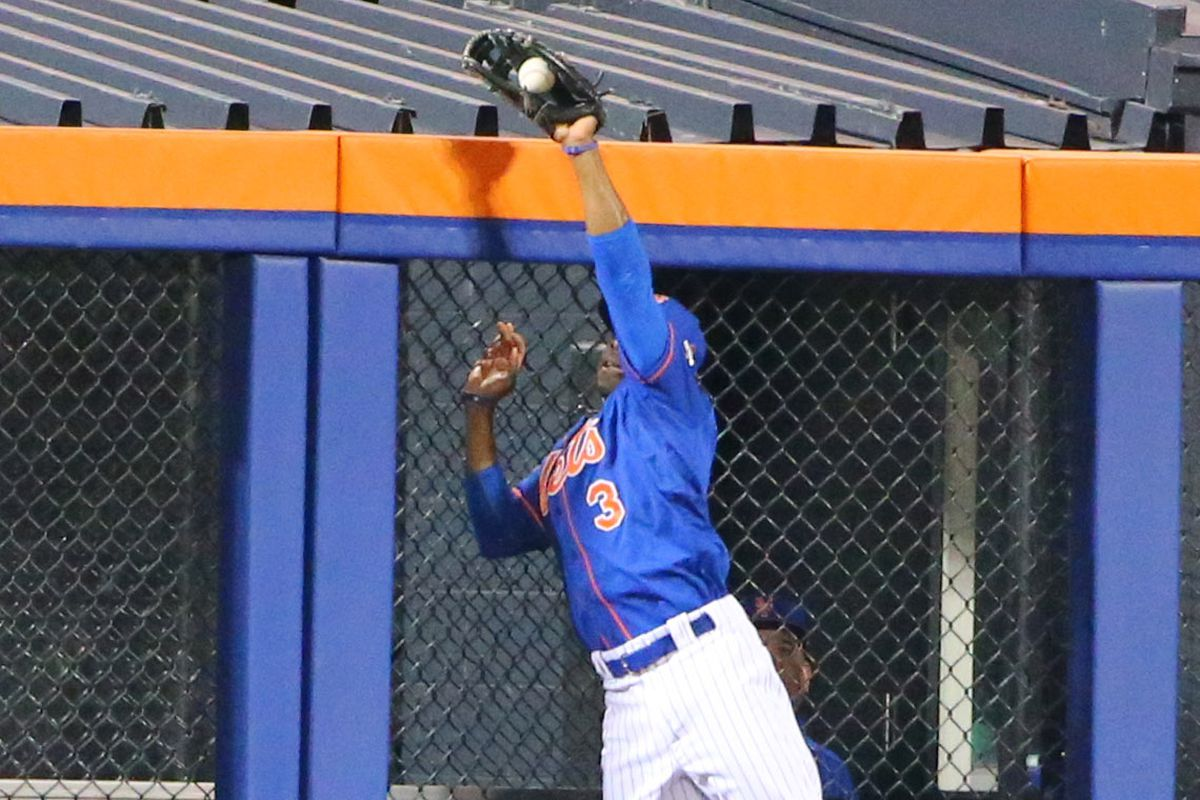 Curtis Granderson earned a Gold Glove nomination in 2015.