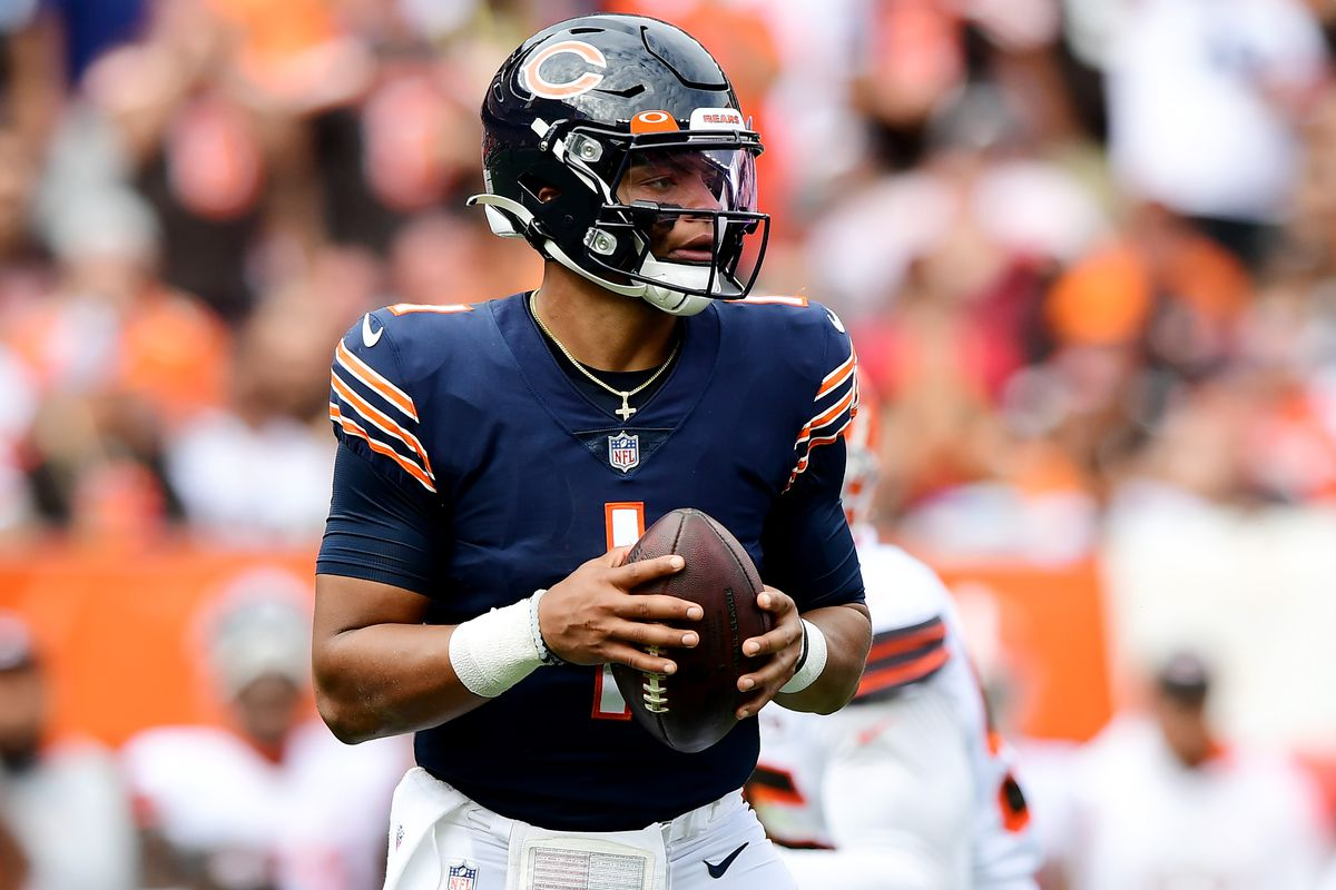 Justin Fields will start against the Lions - Windy City Gridiron