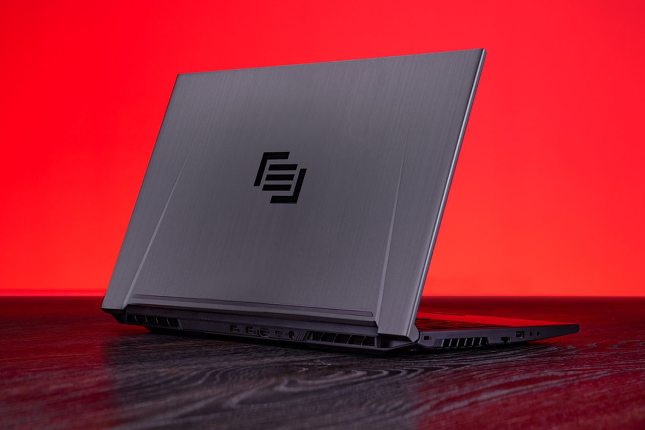 maingear refreshes the pulse 15 laptop with a core i7 and gtx 1060 graphics