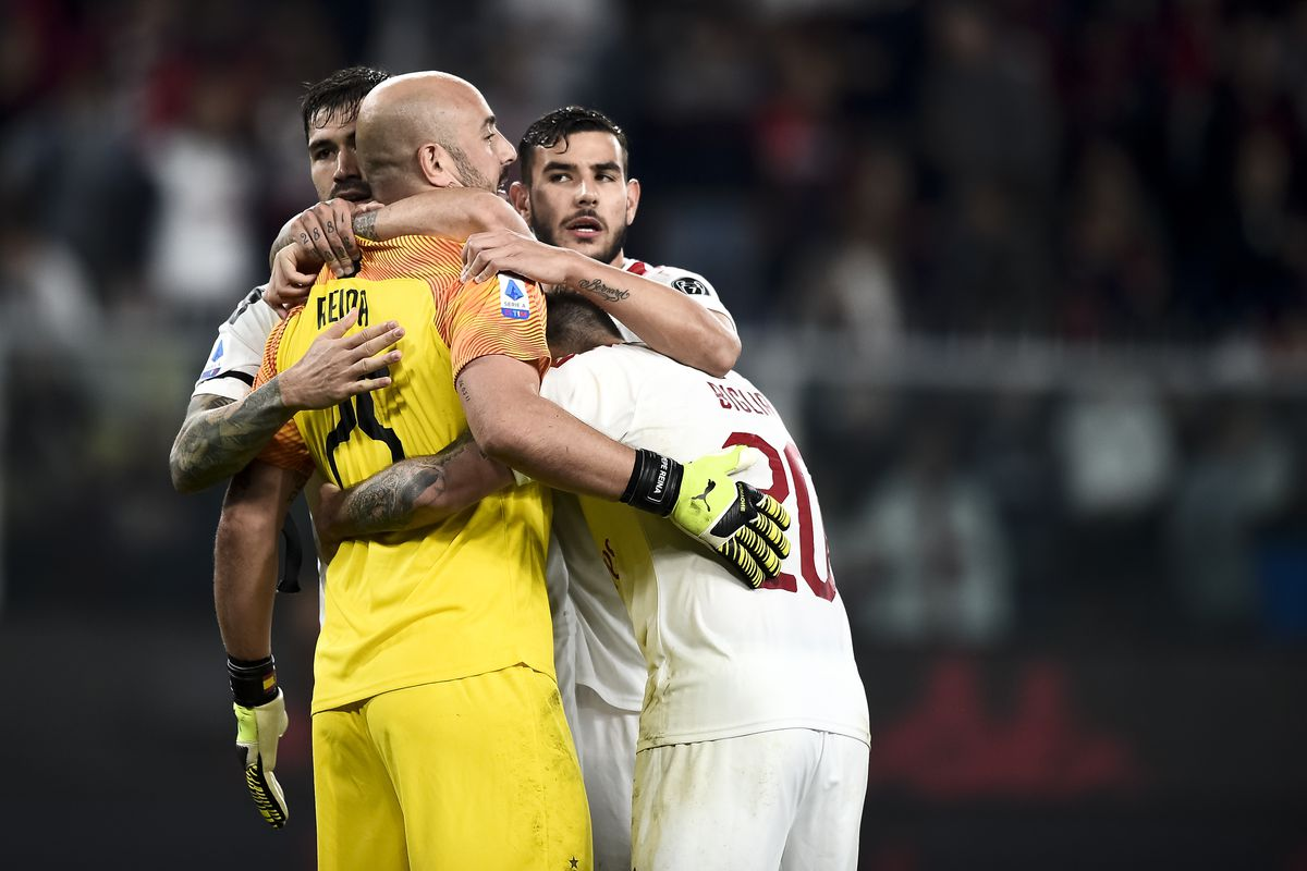 Pepe Reina of AC Milan celebrates the victory with his...
