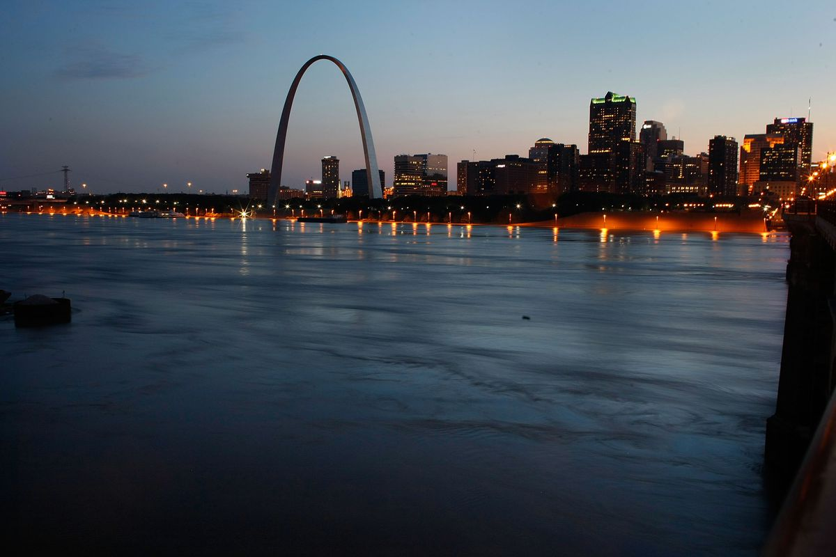 Is Ronald Reagan to blame for the decline of St  Louis? Some