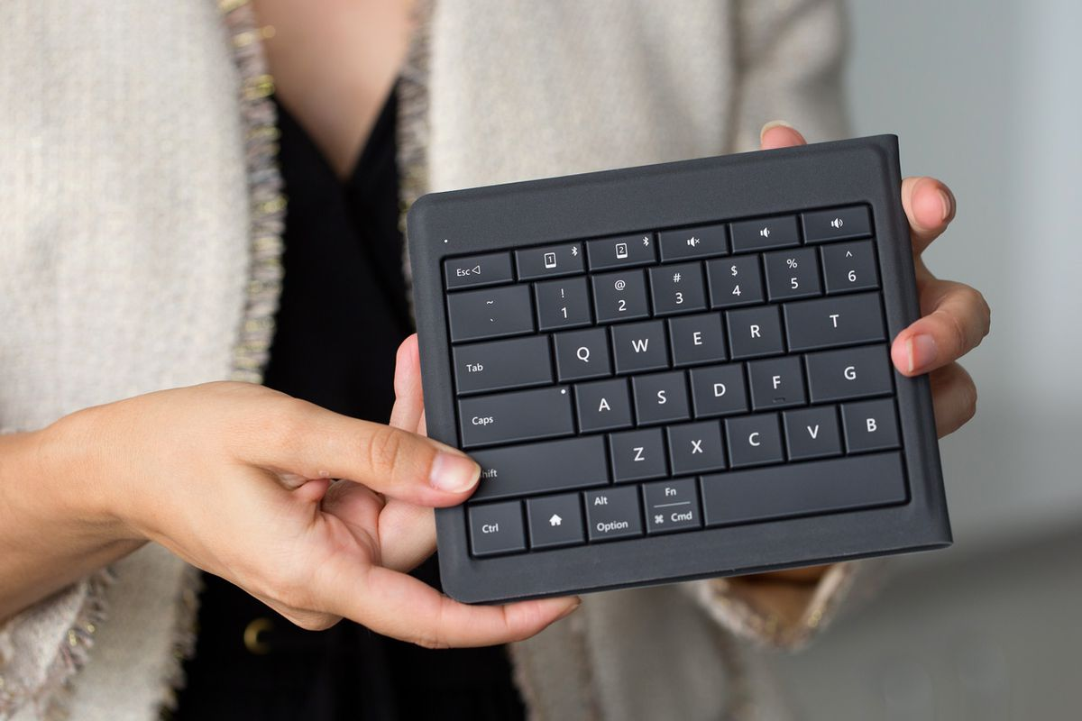 Review (In GIFs!): Microsoft's Totally Bendy New Keyboard