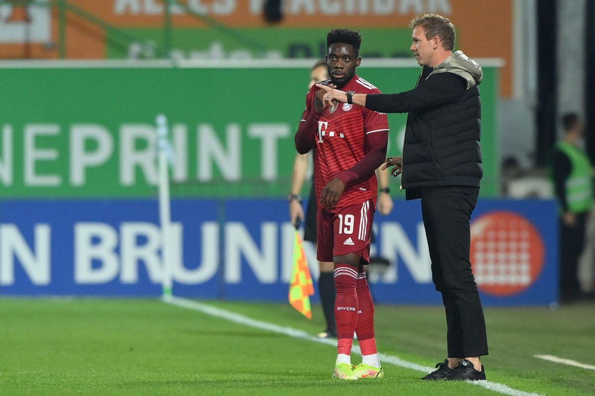 SpVgg Greuther Fürth v FC Bayern München - Bundesliga