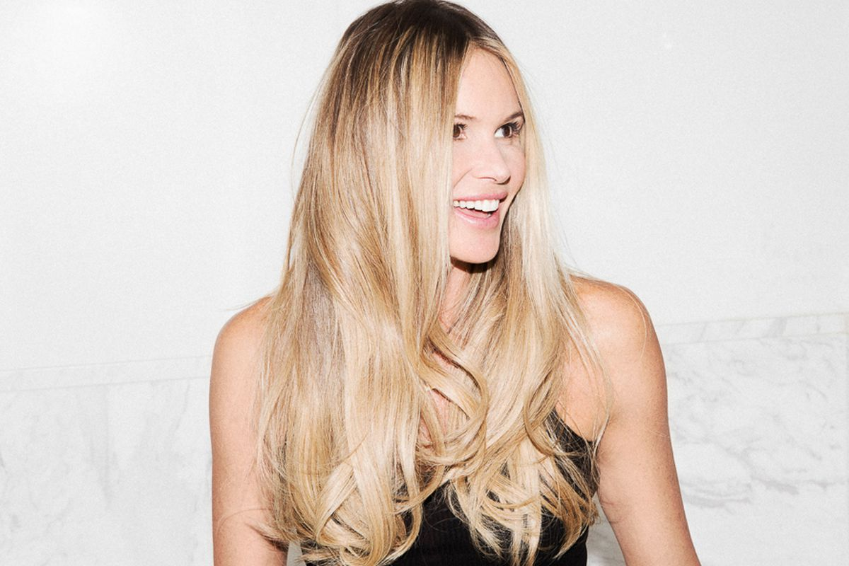 """Photo: <a href=""""http://intothegloss.com/2015/02/elle-macpherson"""">Into the Gloss</a>"""