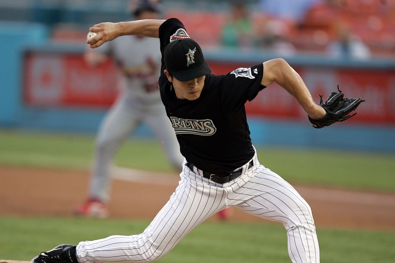 Florida Marlins' Byung-Hyun Kim pitches in the first inning