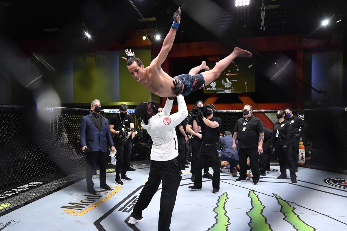 UFC Fight Night: Wiman v Leavitt