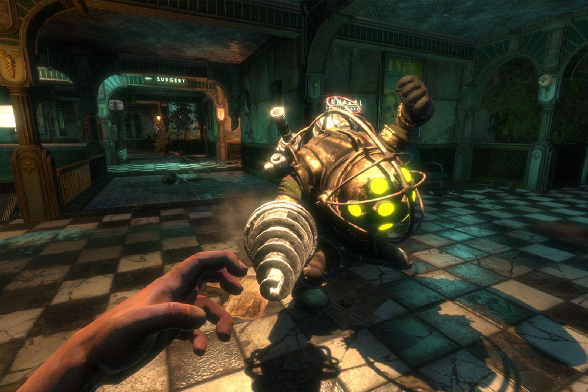 A Big Daddy attacks in BioShock