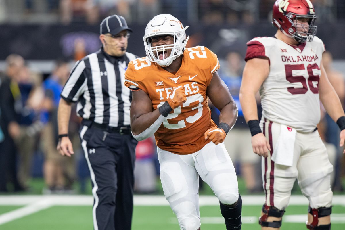 """Todd Orlando on Texas linebackers Adeoye, McCulloch, Ossai; predicts overall 2019 defensive team """"speed at a …"""