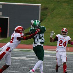 Sergio Bailey makes a catch