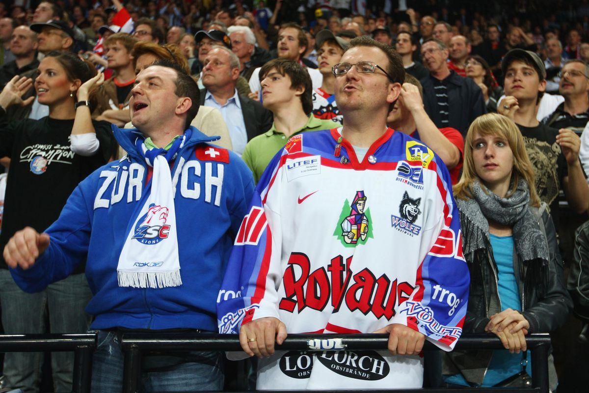 Fans of the Zurich Lions, Matthews' new team.