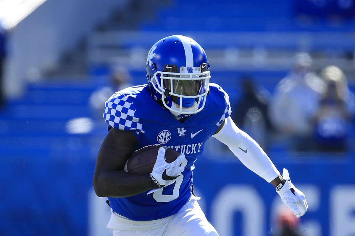 Josh Ali of the Kentucky Wildcats runs with the ball against the Georgia Bulldogs at Kroger Field on October 31, 2020 in Lexington, Kentucky.