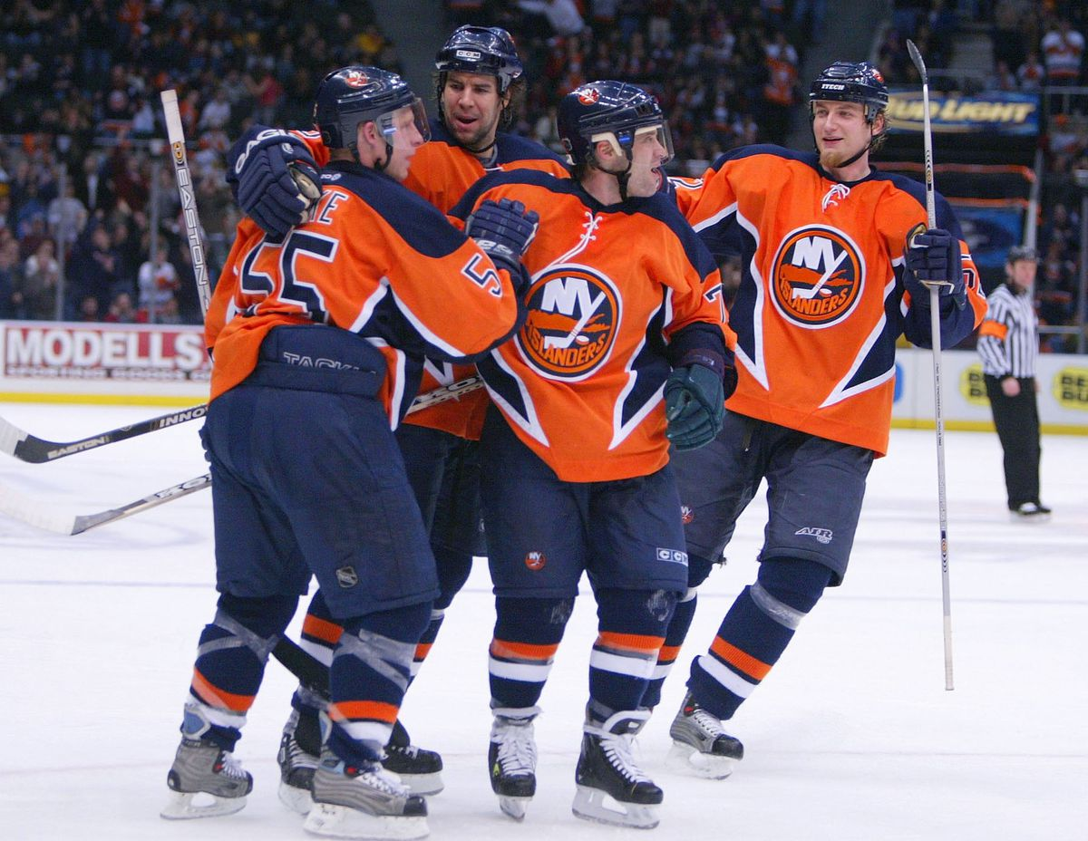 best loved 268cd ad6e6 Alternate History: A look at Islanders third jerseys before ...