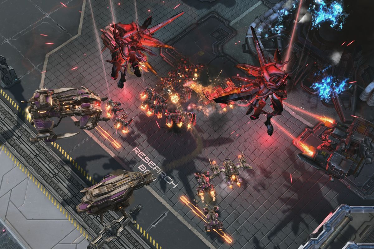 Starcraft 2's First Campaign, Wings of Liberty, is Going Free-to-Play