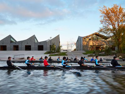 10 high-design boathouses around the world