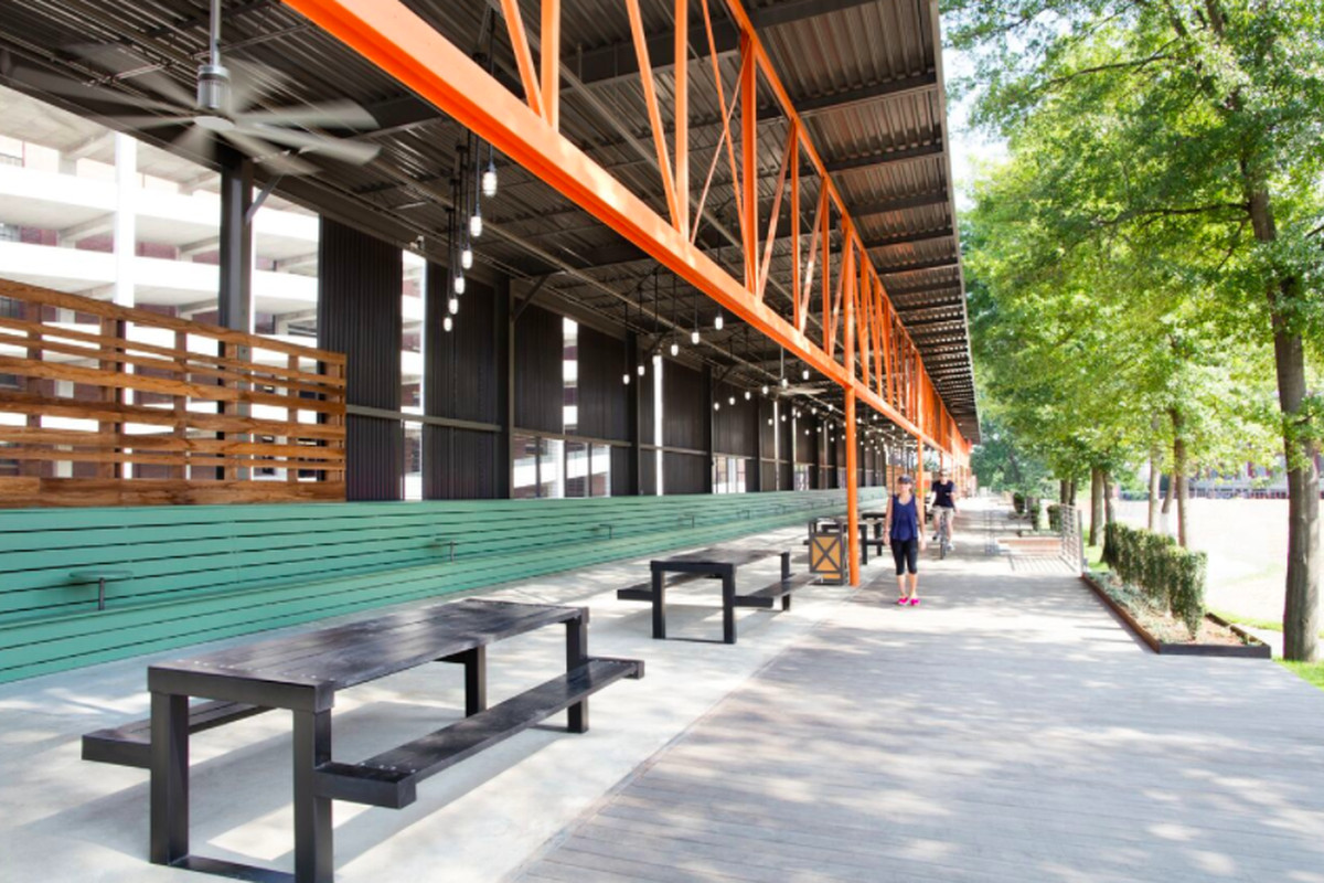 A photo of the loading dock/porch on the Beltline side of Ponce City Market