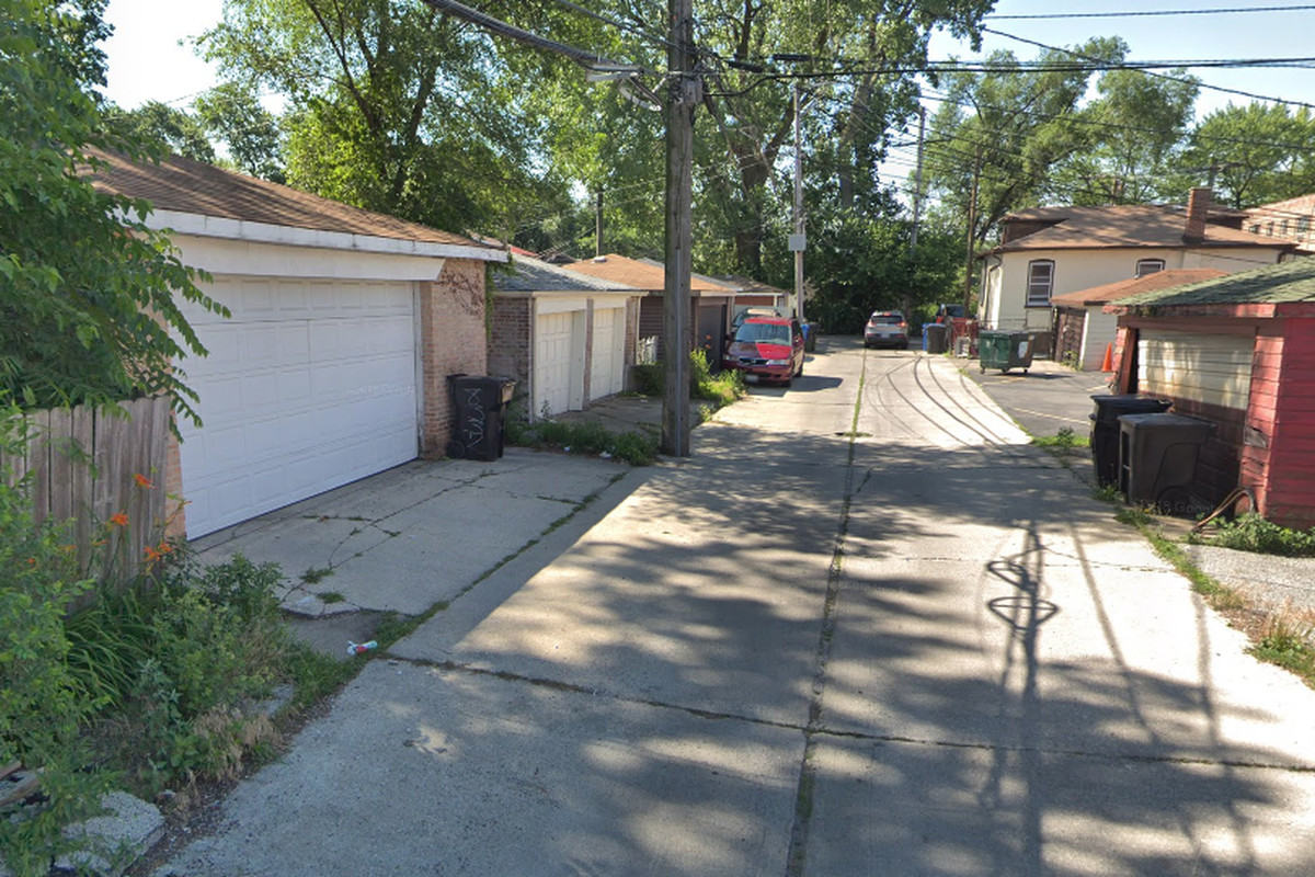 Garage Burglaries Reported In Chatham Police Chicago