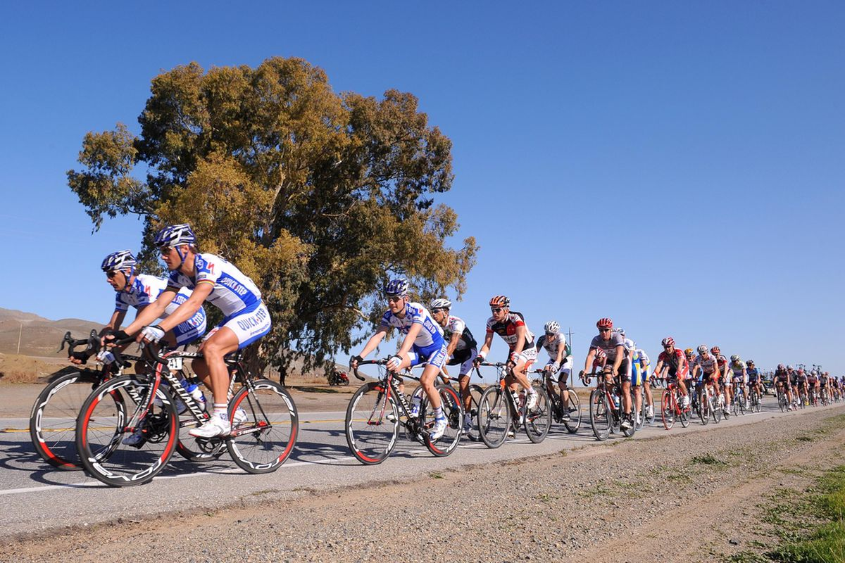 Feb 19, 2009; Paso Robles, CA, USA; A pack of riders is seen competing during stage five of the Tour of California near Paso Robles. Mandatory Credit: Alain Mounic/Presse Sports via US PRESSWIRE