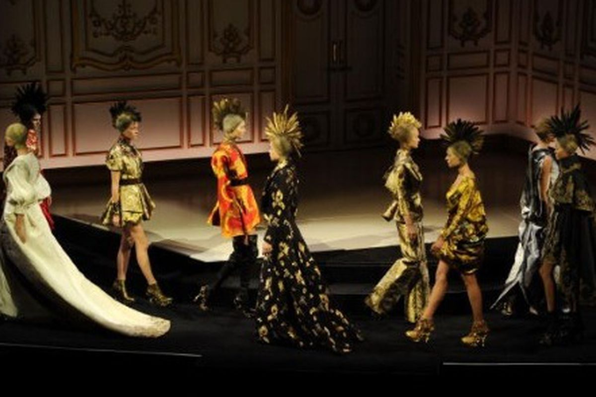 Tribute to Alexander McQueen at the CFDA fashion awards