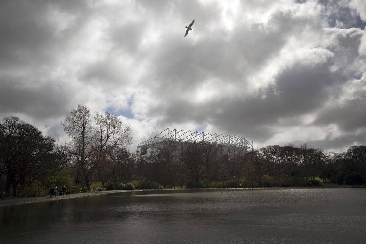 Soccer - Barclays Premier League - Newcastle United Fans at St. James' Park